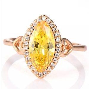 Jewelry - 18k yellow gold diamond engagement ring wedding